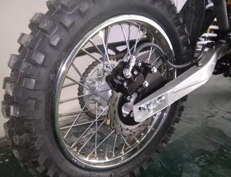 RC300-GY8A Enduro 300 заднее колесо и протектор