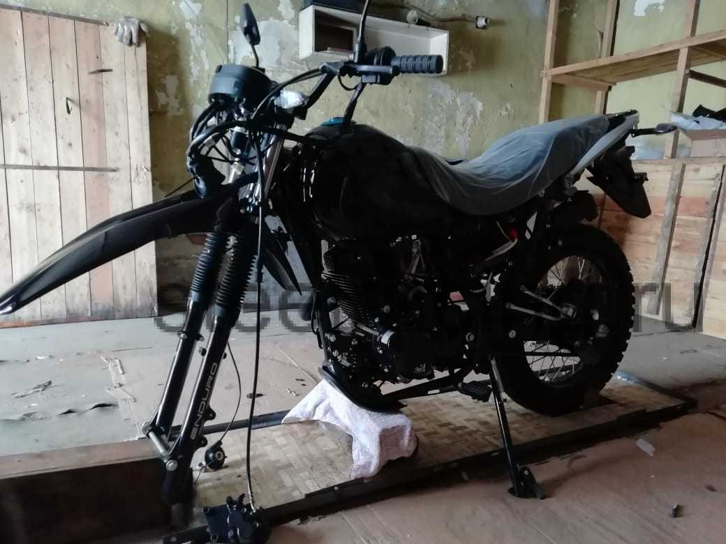 10 Мотоцикл ЗИД YX250 в Магадан