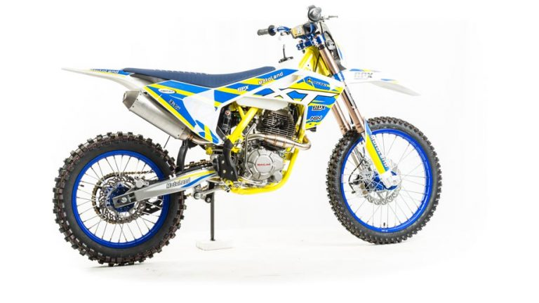 Мотоцикл XT250 ST 04