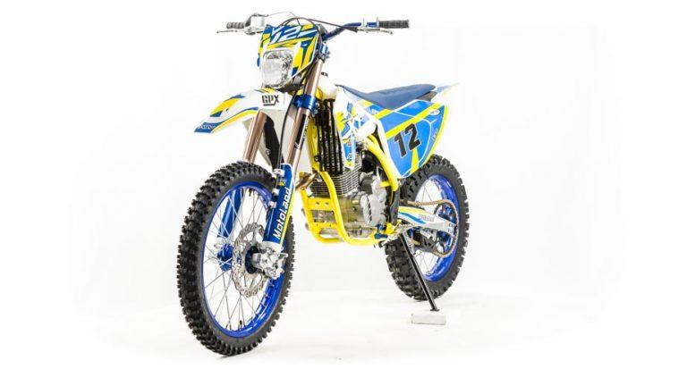Мотоцикл XT250 ST 06